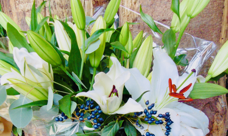 Traditional Lilly Bouquet